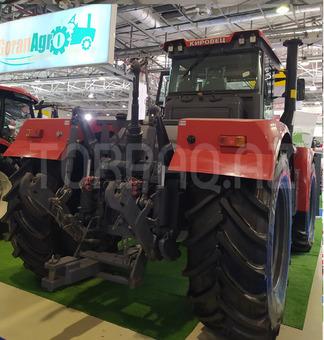 Traktor KirovetsK735